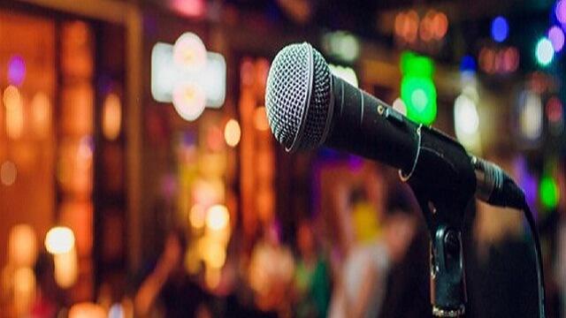 Usaha Industri hiburan karaoke